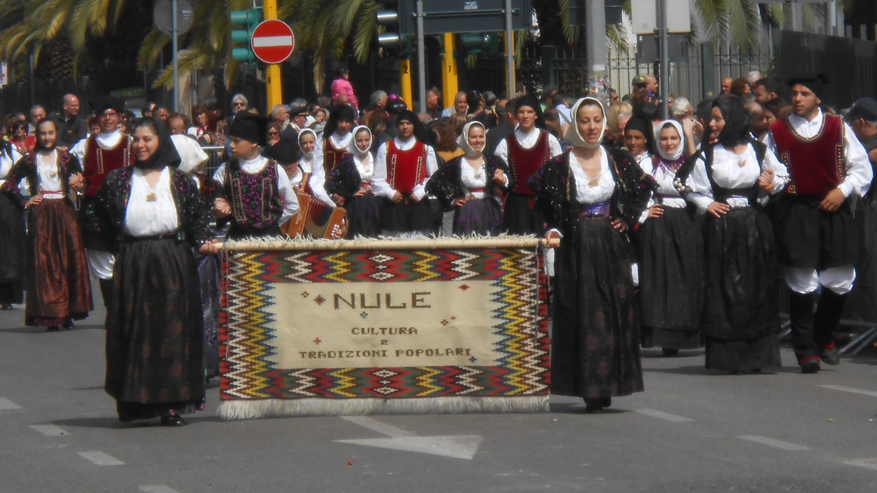The Sardinian Cavalcade, group of Nule