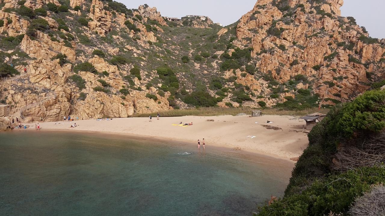 Cala Li Cossi, Costa Paradiso