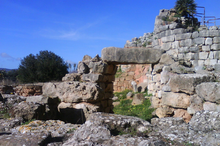 Door in the ancient ruins