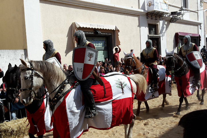 Ancient clothes at Sartiglia