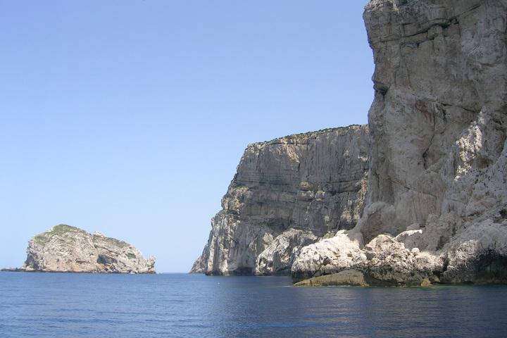 Capo Caccia roches
