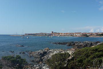 Isola Rossa, Panorama