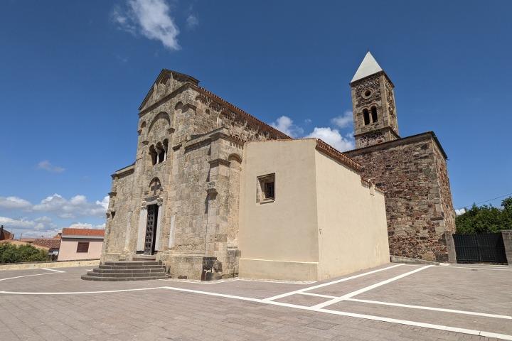 Church of Santa Giusta, facade and bell tower